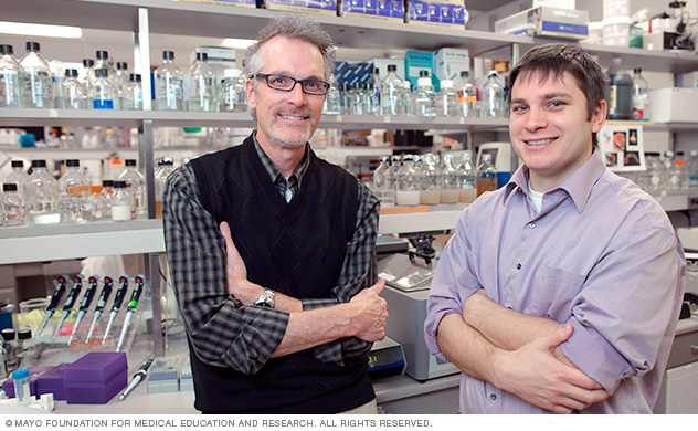Photo of Jim Maher, Ph.D., and a Mayo graduate student in a lab