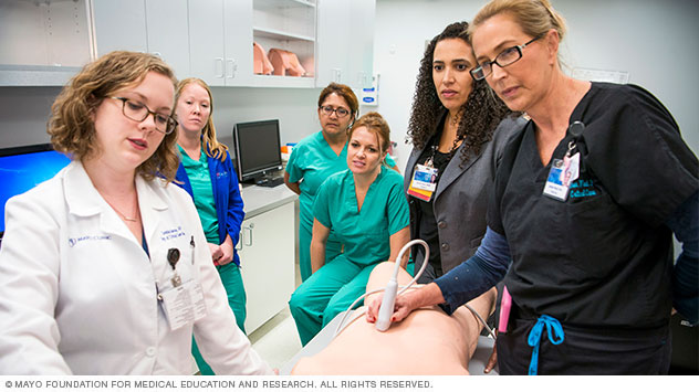 Mayo Clinic critical care staff in simulation center