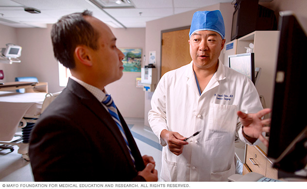 Mayo Clinic Thoracic Surgery Residency Program Director K Robert Shen, M.D.