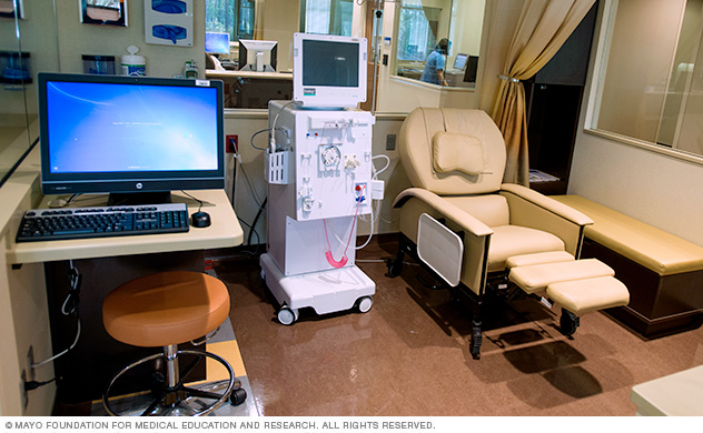 Mayo Clinic hemodialysis patient area
