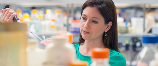 Tania Gendron, Ph.D. in the Department of Neurology at Mayo Clinic focusing on neuromuscular disease research.