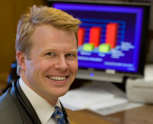 Photograph showing Tait D. Shanafelt, M.D., a Mayo Clinic Cancer Center hematologist/oncologist
