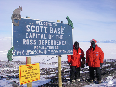 2006 Study Updates/Photos - Andy and Ken outside of the NZ Scott Base