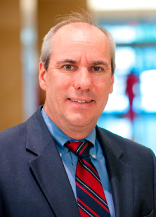 Photograph of Alan P. Fields, Ph.D., the Monica Flynn Jacoby Professor of Cancer Studies at the Mayo Clinic Cancer Center in Florida
